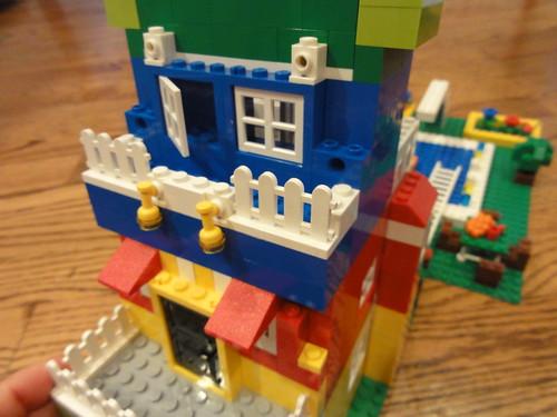 LegoThreeStory