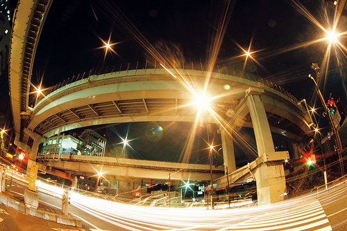 Shinjuku night crossing by keganimushi