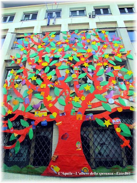 L'Aquila - L'albero della speranza