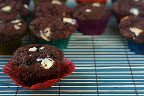 chocolate chunk muffins 7