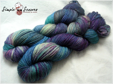 Handdyed Superwash MCN in Atlantis