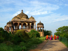 Ranthambore Fort (JUMBOROIS) Tags: park travel india temple nationalpark asia religion tigers monkeys budha hindu jaipur rajasthan archeological wildlike ranthamborefort thejunglebook sawaimadhopur ranthamborenationalpark projecttiger sawaimansingh