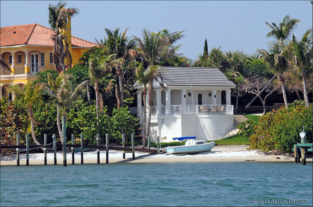 Intracoastal boat house