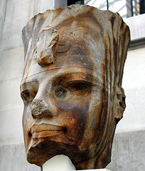 Quartzite head of the Egyptian pharaoh Amenhotep III () Tags: city uk greatbritain vacation england sculpture holiday london art westminster museum 50mm nikon sandstone britishisles unitedkingdom britain centro thecity egyptian londres gb pharaoh museo britishmuseum londra rtw quartzite greatcourt vacanze lhr roundtheworld londinium  globetrotter centrallondon  mze londonist 1753 amgueddfa cityofwestminster  50mmlens carvedrock amenhotepiii  worldtraveler ad43 22days safni constitutionalmonarchy  d700   nikond700 colossalstatue egyptianpharaoh  amgueddfabrydeinig republicancommonwealth quartzitehead