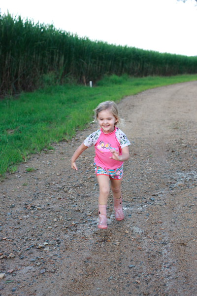 maycee on the farm
