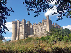 Bellerbys Summer excursions - Arundel Castle, West Sussex (Bellerbys College website) Tags: uklandmarks bellerbyssummer uktouristhotspots