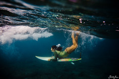 miyana (SARA LEE) Tags: ocean water girl hawaii duck underwater dive wave bubbles local bigisland pinetrees kona shortboard kobetich miyana surfhousing