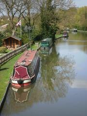 Fenny Stratford (DarloRich2009) Tags: reflection boats canal miltonkeynes bedfordshire mk waterway towpath grandunioncanal bletchley narrowboats canalboats fennystratford