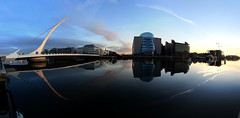 Liffey River, Dublin (explore) (@potti) Tags: blue ireland dublin river landscape flickr foto panoramic liffey explore panoramica fav riu newvision panoramio peregrino27newvision