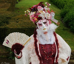 annevoie-costums (photo sergio) Tags: masques wallonie annevoie jardinsdannevoie costumsvnitiens
