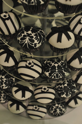 Our signature black and white wedding cupcake design - a photo on ...