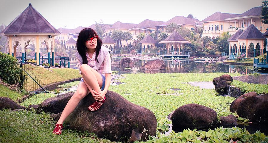 Natalia in Kota Bunga #5