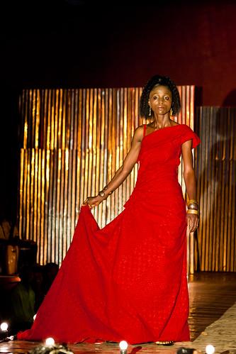 Amani.Liberia(w.Korto Momolu)Yekapa.show(photos.by.Heidi.Sheppard)_007