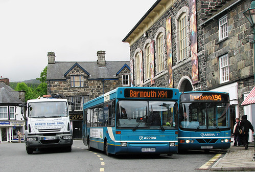 Two buses in Eldon square by Helen in Wales
