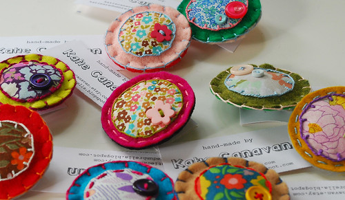 new circle brooches