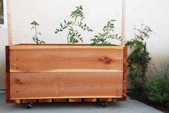 diy rolling garden bed