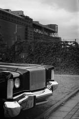 Chrysler New Yorker (Alexander  Bulmahn) Tags: born drive 9 2016 bremen waterfront cadillac fleetwood eldorado canon al 1 fd 50mm f18 xelriade ilford delta 400