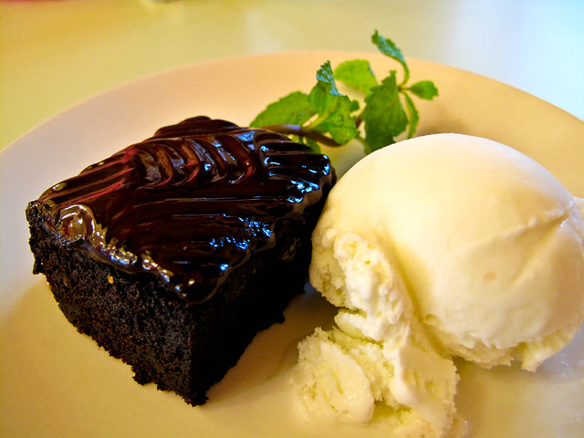 IMG_1595 Chocolate Brownie and Ice-cream