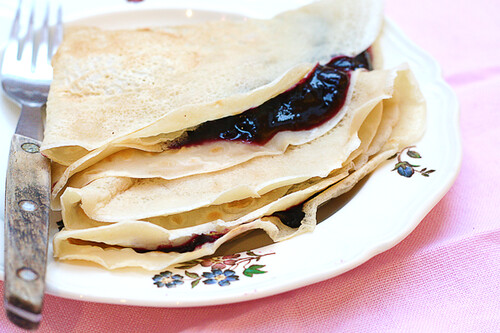 Crêpes with Blueberry Pie Filling
