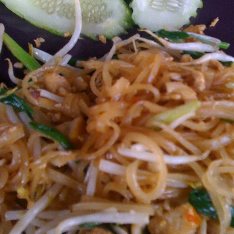Make-Your-Own Phad Thai @ Ao Nang Thai Cookery School