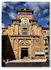 Fachada do hospital de Nuestra Seora de Regla (VRfoto) Tags: hospital de geotagged spain espanha palace len fachada palcio nuestra seora regla geo:lat=4259941217836221 geo:lon=55675523571471786