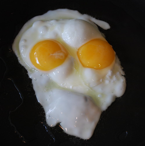 Double-yolk egg face!