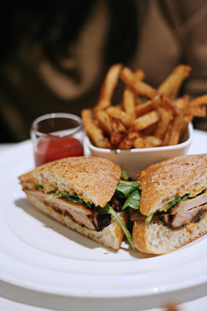 mesa grill pulled pork sandwich