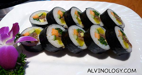 艳彩什锦饭团