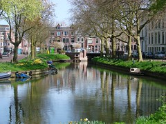 Hoek (indigo_jones) Tags: bridge trees holland reflection water netherlands boats boot canal bomen utrecht north nederland lamps brug nord stadsbuitengracht vanaschvanwijckbrug