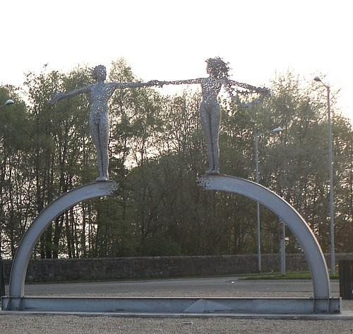 Alloa Sculpture 1 close up