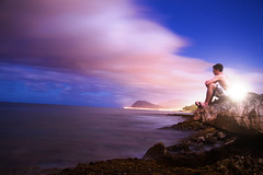 [フリー画像] 人物, 人と風景, 男性, 海岸, アメリカ合衆国, ハワイ州, 201104290500