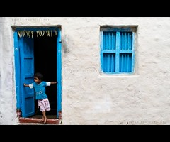 Amma where are you? (thefotobaba) Tags: blue kid blues hampi doorandwindow indiahampi hampifestival indiablues hampiphotos hampilatestphotos hampibestphotos hampihouse hampikid
