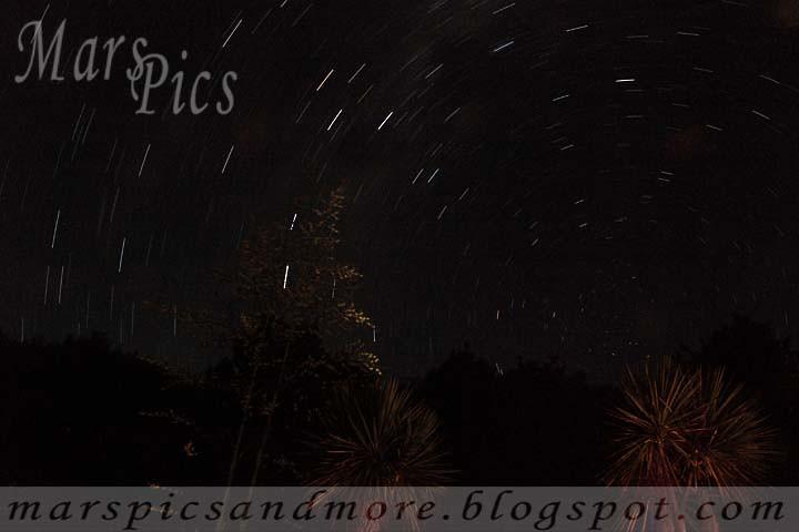 Mars Pics - Somthing Huge