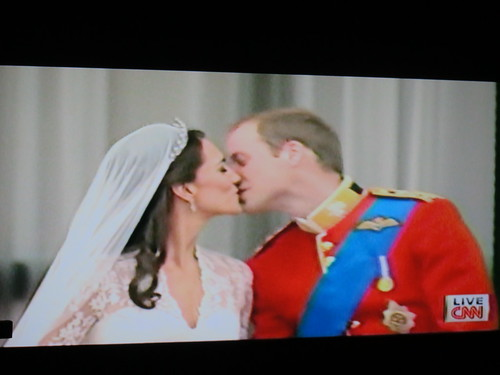 royal wedding the kiss prince william