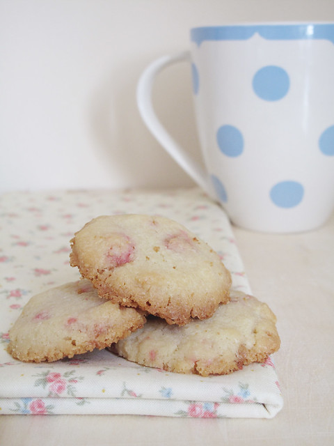 Rose Biscuits