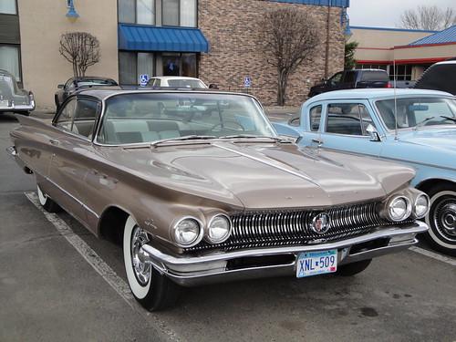 two brown cars hardtop car club buick gm wcc lesabre tone 60 1960 willmar generalmotors 2door
