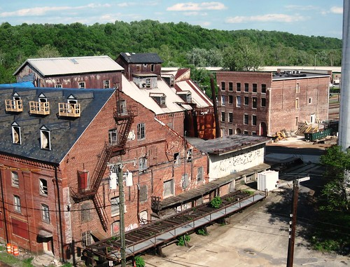 abandoned factory buildings in downtown Lynchburg (c2011 FK Benfield)