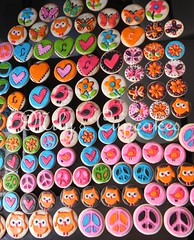 Hippie chic cookies (Mily'sCupcakes) Tags: argentina cake cupcakes cookie peace buenos aires hippie chic pops toppers wrappers milys