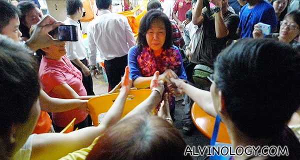 """Overheard one young man saying to Mrs Chiam: """"Nevermind, they won the election, but did not win our heart!"""""""