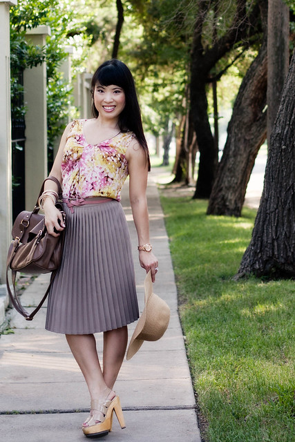 LOFT abstract floral pink shell american apparel pleated skirt agaci pink skinny belt steve madden pleasant forever 21 pebbled leatherette bag mk5430