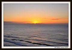 Sol acordando (Ivan R.B.M.) Tags: sol mar amanhecer
