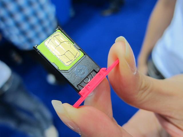 Nokia N9 MicroSIM Tray