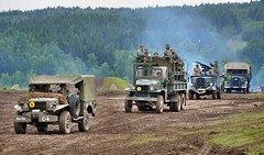 Demarkation line 1945 - WW2 reenactment (The Adventurous Eye) Tags: army nikon czech d linie military exhibition ww2 1945 reenactment 7000 2011 bahna d7000 nikond7000 demarkan