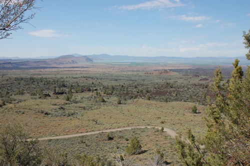 1lava-and-lake-in-distance.jpg