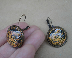 werewolf_dangle_earrings
