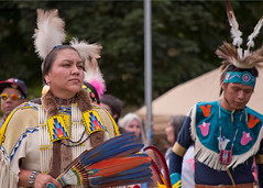 Tradition016 (Ridley Stevens Photography) Tags: family wow fun dance skins spokane dancing native indian traditional feathers american wa tradition pow encampment riverfrontpark beadwork powwow spokanetribe spokanefallsencampmentandpowwow