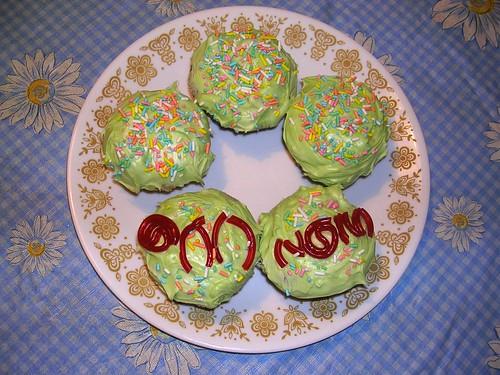 Om Nom Cupcakes