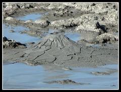 Aragona: Maccalube (Vulcanello di fango) (Luciano ROMEO) Tags: de mud du crater ag volcanic eruption barro schlamm cratere boue fango volcnico volcanique cratre aragona  vulkankrater crter eruzione erupcin maccalube vulcanello ruption  fenomenivulcanici    maccaluben