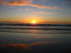 sunset at Piha (Susana Fabian) Tags: sunset newzealand beach piha