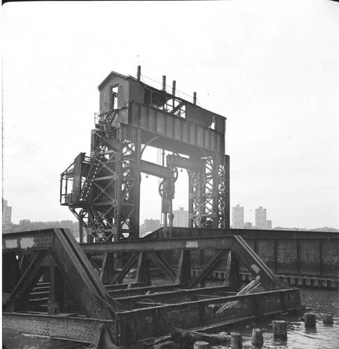 NY Central Gantry 2- Hudson River